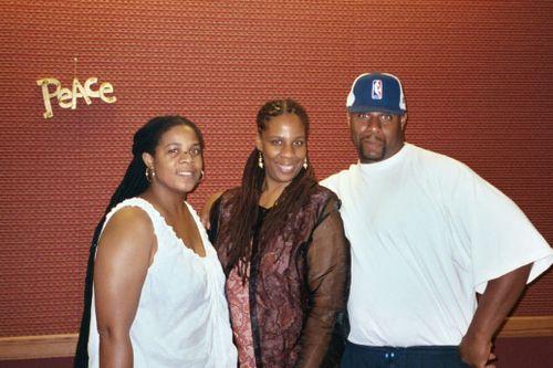 Stephanie, Njoya & Scott